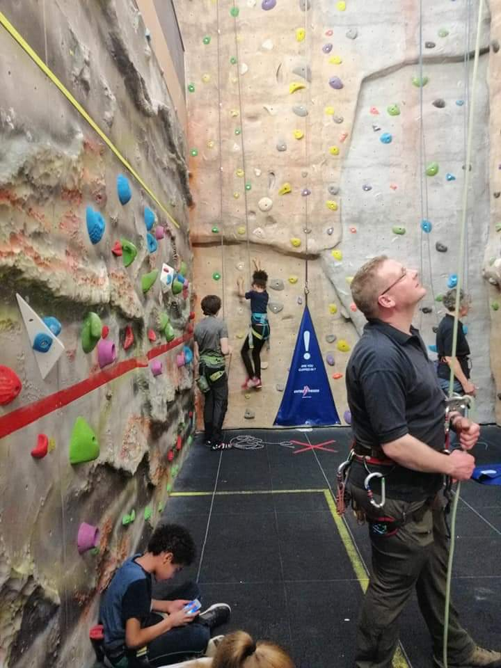 climbing instructor, learn to climb, learn to belay