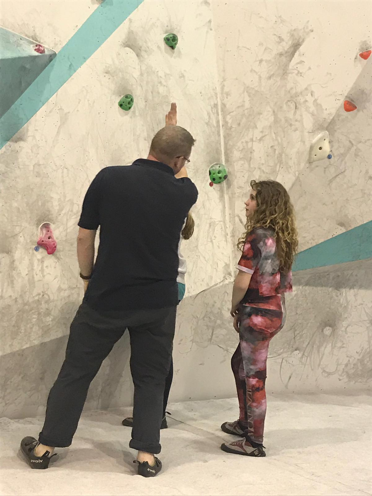 climbing instructor, bouldering,