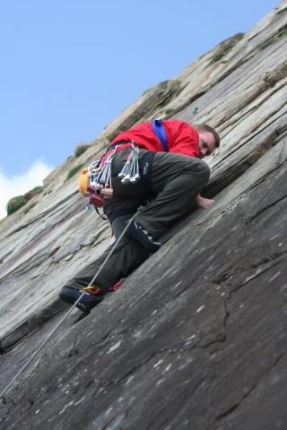 Sea Cliff climbing. Climbing Instruction